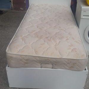 Yatak ve Baza Başlıklı